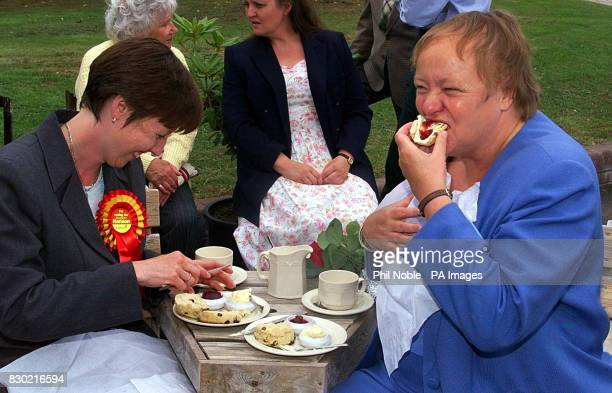 Northern Ireland secretary Mo Mowlam enjoys a cream tea whilst on the campaign trail in Kessel with Labour candidate Margaret Hanson prior to the...