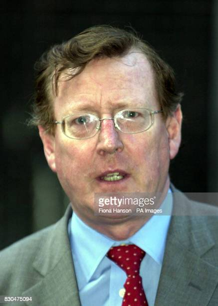 Northern Ireland's First Minister David Trimble outside 10 Downing Street commenting on the death of Donald Dewar Scotland's First Minister Mr Dewar...