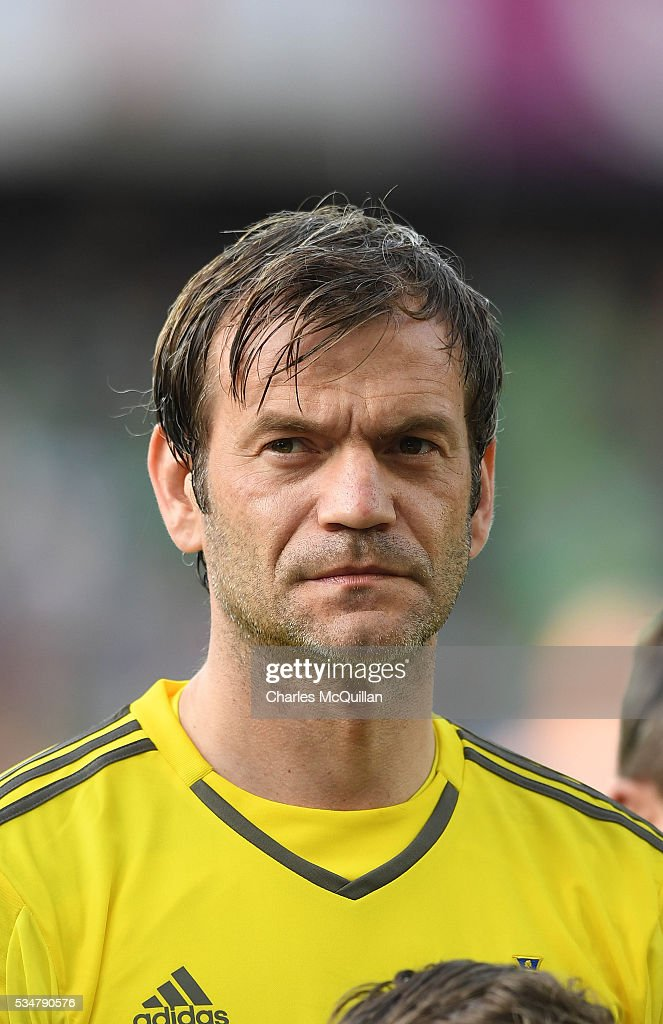 Northern Ireland's <a gi-track='captionPersonalityLinkClicked' href=/galleries/search?phrase=Roy+Carroll&family=editorial&specificpeople=206286 ng-click='$event.stopPropagation()'>Roy Carroll</a> before the international friendly game between Northern Ireland and Belarus on May 27, 2016 in Belfast, Northern Ireland.