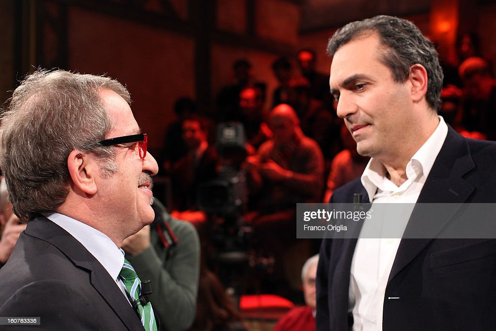 Northern League Party Secretary Roberto Maroni (L) and mayor of Naples Luigi De Magistris (R) attend 'Ballaro' TV talk show on February 5, 2013 in Rome, Italy. National Elections in Italy are scheduled for February 24.