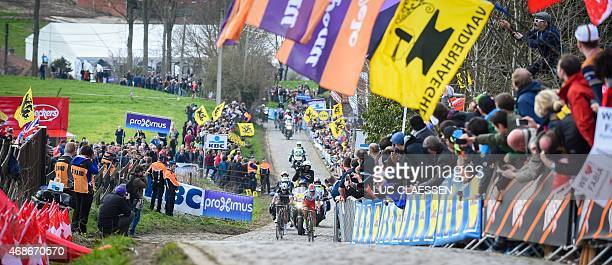 Norvegian Alexander Kristoff of Team Katusha and Dutch Niki Terpstra of team Ettix QuickStep compete during the 99th Tour of Flanders' one day 2642...