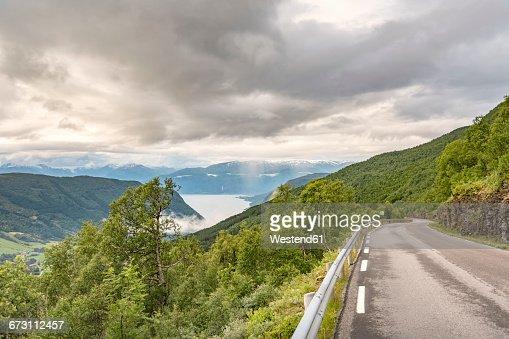 Norway, Sogn og Fjordane, Sognefjord, road