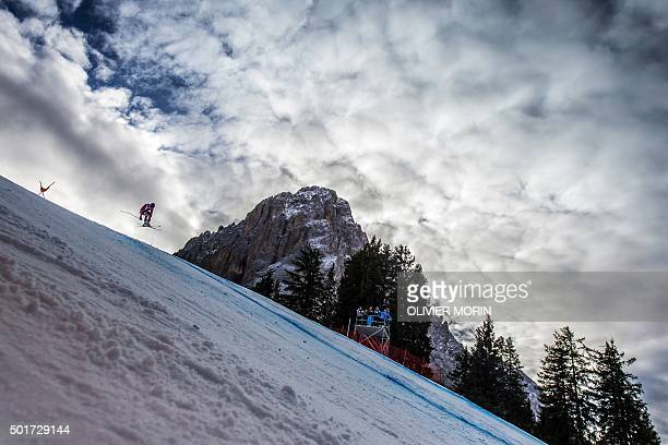 Norway's Aksel Lund Svindal competes during the FIS Alpine World Cup Men's Downhill training December 17 2015 in Val Gardena Northern Italy / AFP /...