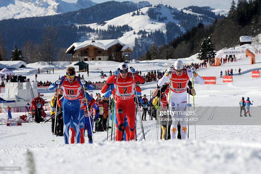 Norway's Eldar Roenning (C) competes in the Nordic skiing combined World Cup relay (4 x 7,5 km) on January 20, 2013 in La Clusaz, eastern France.