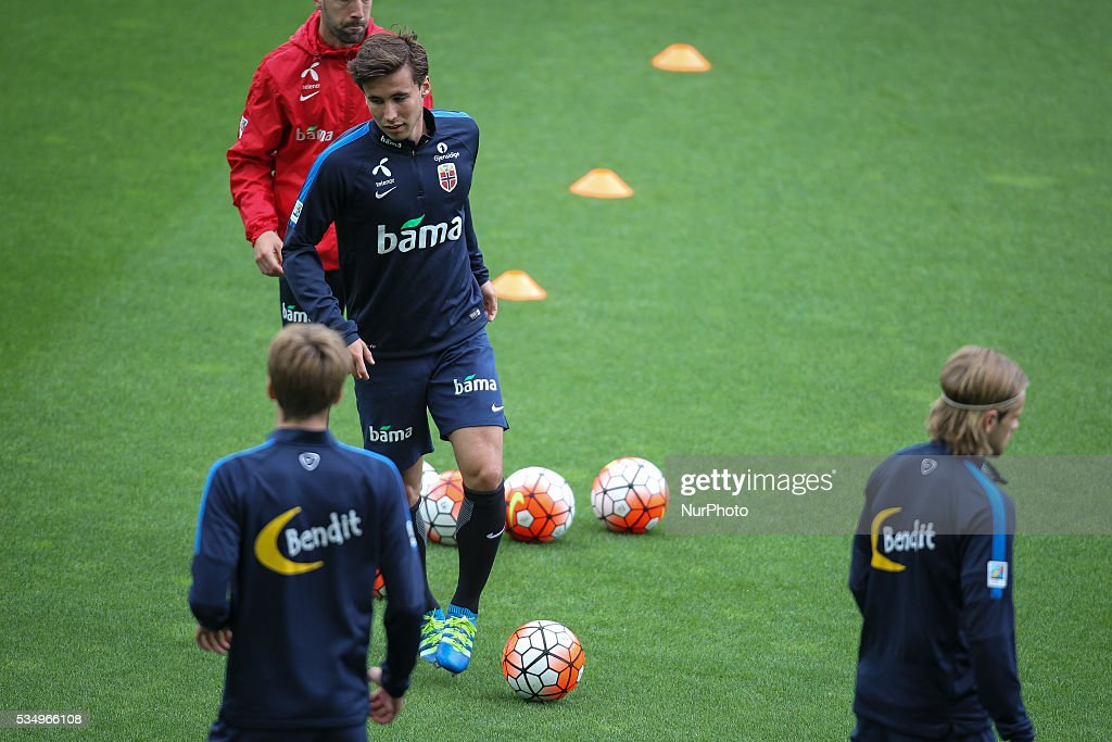 Norway`s players during a training session in Estádio do Dragão, Porto, Portugal, on May 28, 2016 preparing for the upcoming Euro 2016 European football championships.