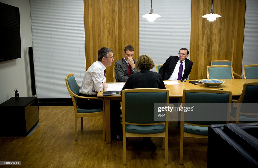 Norway's Prime Minister Jens Stoltenberg (L) and Minister Of Foreign Affairs Espen Barth Eide (R) and two advisers are pictured during a telephone conversation with the Algerian Prime Minister Abdelmalek Sellal in his office in Oslo on January 18, 2013. Norway should prepare itself for 'bad news' on the fate of eight Norwegian hostages among those still missing Friday after Islamist attackers raided a remote Algerian gas field, Prime Minister Jens Stoltenberg said. AFP PHOTO/ DANIEL SANNUM LAUTEN