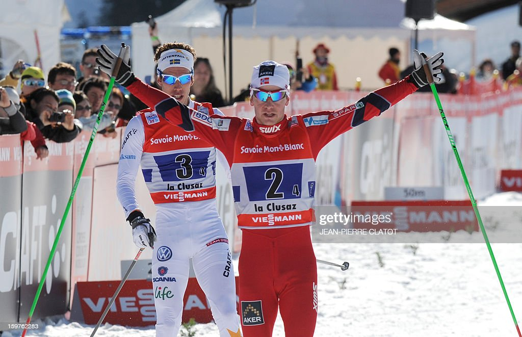 Norway's Sjur Roethe raises his arms in victory as he crosses the finish line of the Nordic skiing combined World Cup relay (4 x 7,5 km) on January 20, 2013 in La Clusaz, eastern France. AFP PHOTO JEAN-PIERRE CLATOT