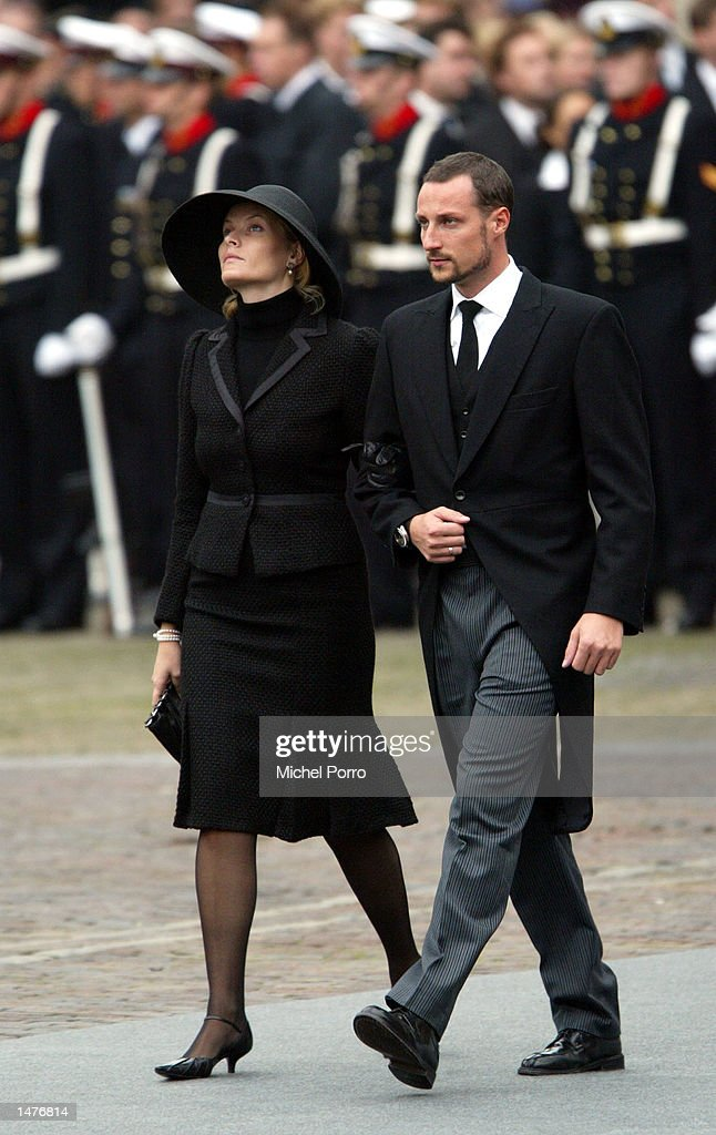 Norwegian Crown Prince Haakon and his wife Mette-Marit arrive for the funeral ceremony of Prince Claus of the Netherlands at the Nieuwe Kerk church October 15, 2002 in Delft, Netherlands. Prince Claus, husband to Queen Beatrix, died October 6, 2002 after a long battle with Parkinson's disease and pneumonia.