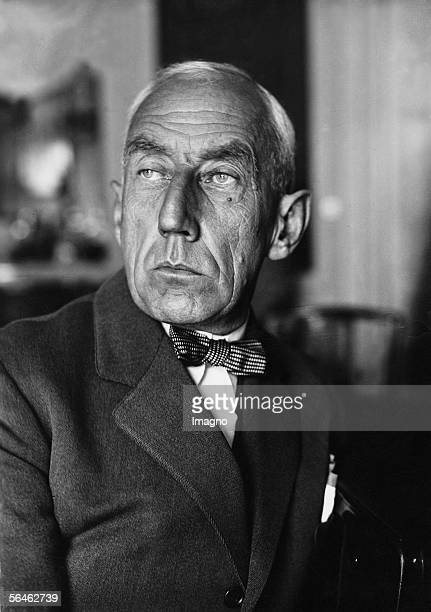 Norwegian Explorer Roald Amundsen Photography 1938 [Roald Amundsen norwegischer Forscher und Nationalheld Photographie 1938]