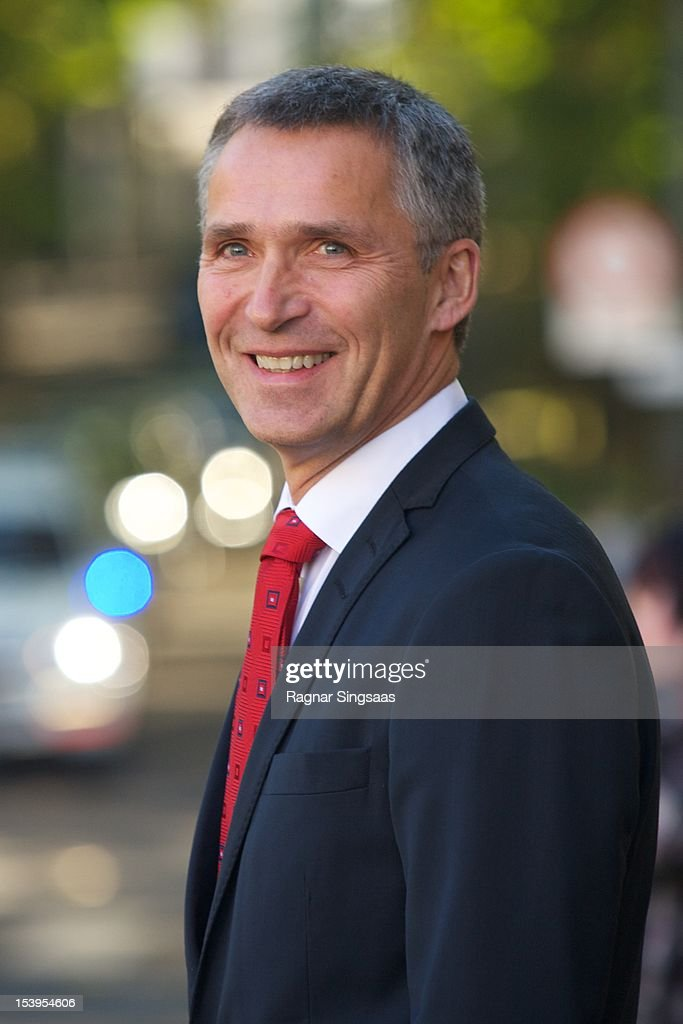 Norwegian Prime Minister <a gi-track='captionPersonalityLinkClicked' href=/galleries/search?phrase=Jens+Stoltenberg&family=editorial&specificpeople=558620 ng-click='$event.stopPropagation()'>Jens Stoltenberg</a> attends luncheon at the Government Guest House during the second day of the Finnish state visit on October 11, 2012 in Oslo, Norway.