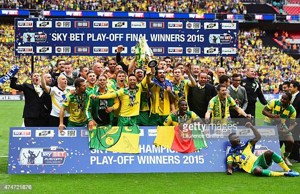 Norwich City players celebrate victory with the trophy after the Sky Bet Championship Playoff Final between Middlesbrough and Norwich City at Wembley...