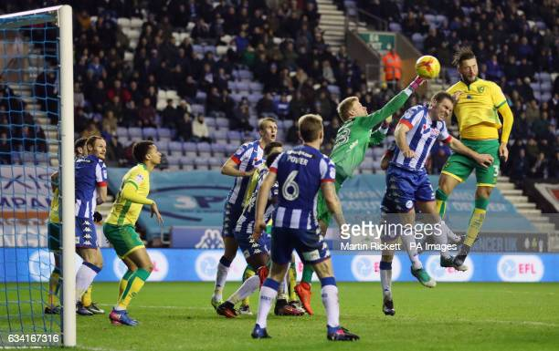 Norwich City's Mitchell Dijks scores his side's second goal of the game during the Sky Bet Championship match at the DW Stadium Wigan