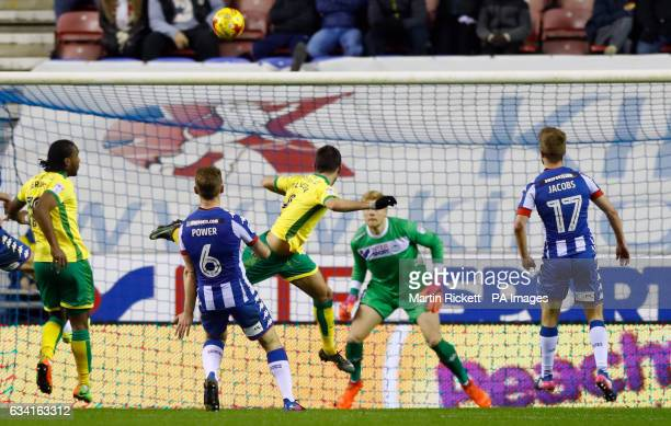 Norwich City's Nelson Oliveira scores his side's first goal of the game during the Sky Bet Championship match at the DW Stadium Wigan