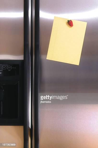 Nota en la puerta de refrigerador
