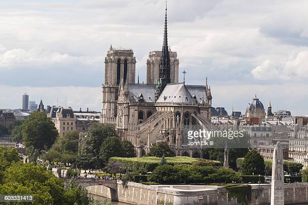 Notre Dame Cathedral, apse with flying buttresses