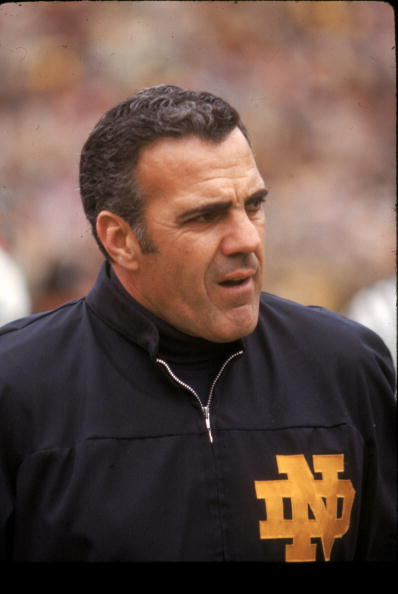 notre-dame-head-coach-ara-parsegian-watches-from-the-sideline-against-picture-id79200067 (398×594)