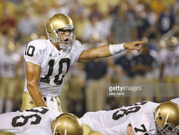 Notre Dame QB Brady Quinn directs the offense during the game against Georgia Tech at Grant Field in Bobby Dodd Stadium in Atlanta GA on September 2...