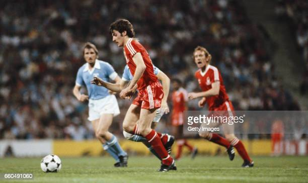 Nottingham Forest player Garry Birtles races through the Malmo defence supported by Ian Bowyer during the 1979 European Cup Final between Malmo and...