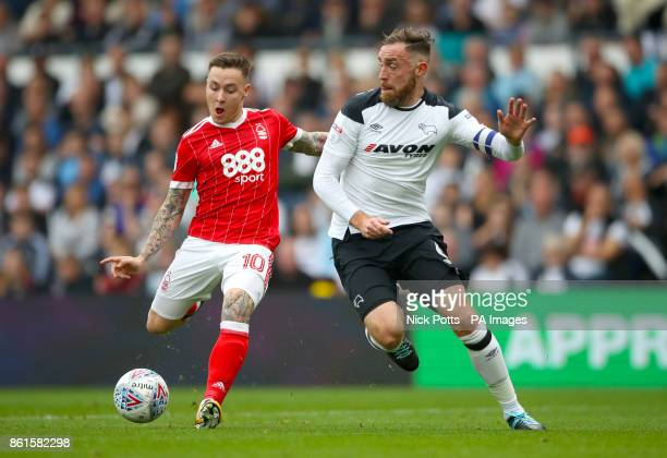 Nottingham Forest's Barrie McKay and Derby County's Richard Keogh battle for the ball during the Sky Bet Championship match at Pride Park Derby