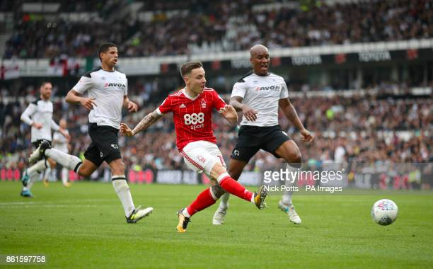 Nottingham Forest's Barrie McKay makes an attempt at goal during the Sky Bet Championship match at Pride Park Derby