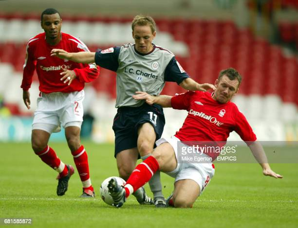 Nottingham Forest's Paul Evans and Crewe Alexandra's David Vaughan