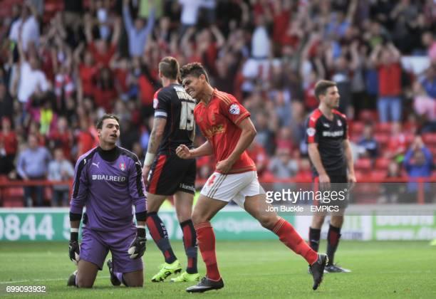 Nottingham Forest's Tyler Walker celebrates Nottingham Forest's Michail Antonio's goal against Rotherham United