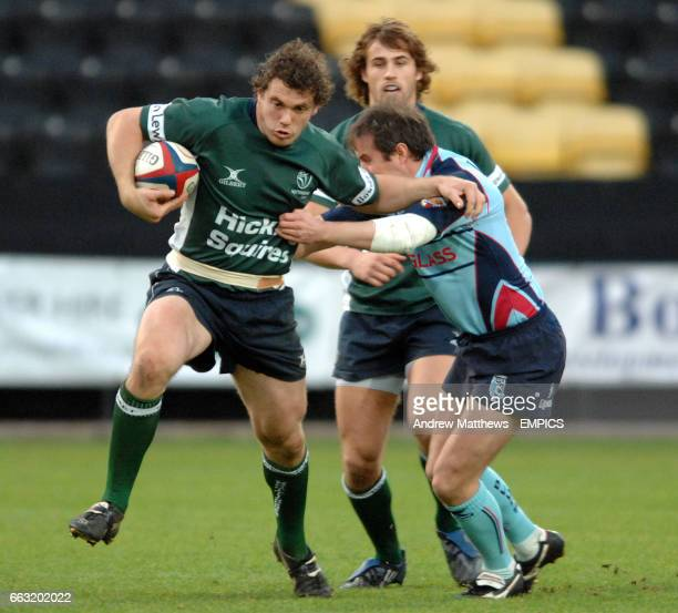 Nottingham Rugby's Timothy Molenaar breaks away from a challenge from Bedford's Nick Walshe