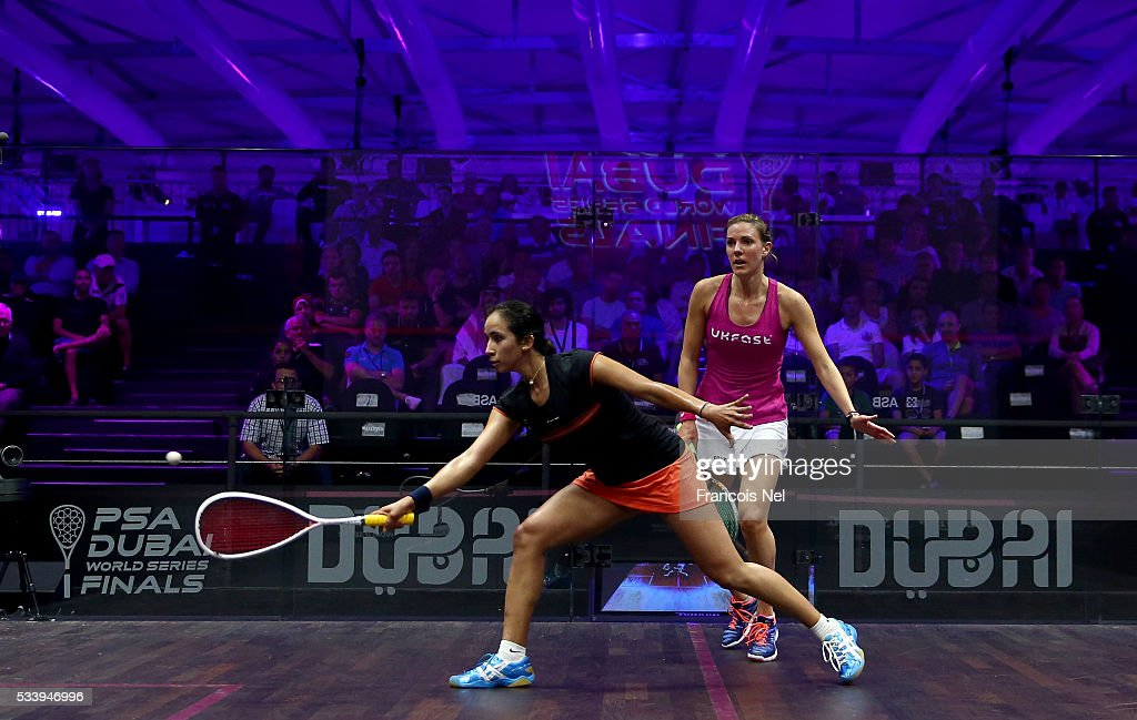 Nouran Gohar of Egypt competes against Laura Massaro of England during day one of the PSA Dubai World Series Finals 2016 at Burj Park on May 24, 2016 in Dubai, United Arab Emirates.
