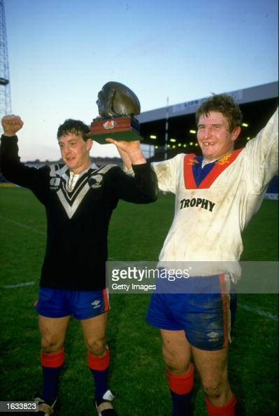 Great Britain Captain Harry Pinner helps to lift the trophy aloft after the Whitbread Third Test match against New Zealand at Elland Road in Leeds...
