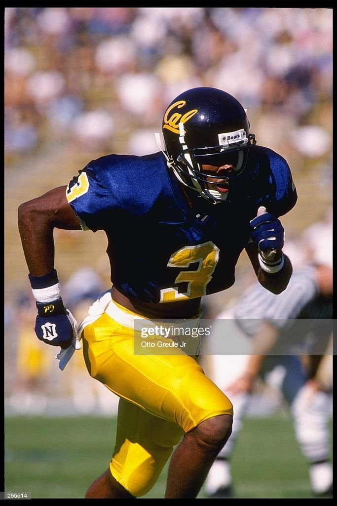 Wide receiver Bobby Shaw of the California Golden Bears runs down the field during a game at Memorial Stadium in Berkeley, California. Arizona State won the game 38-29. Mandatory Credit: Otto Greule Jr. /Allsport