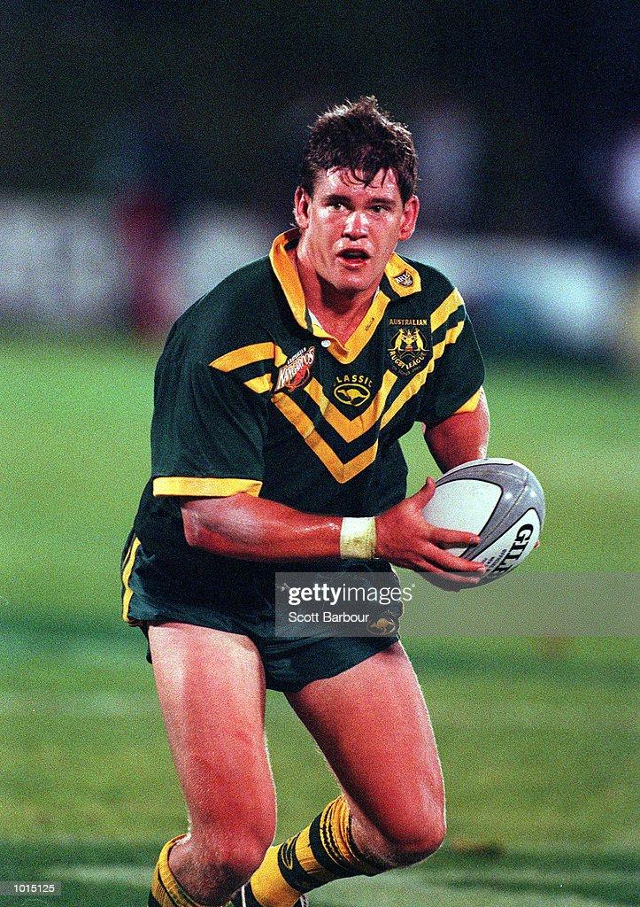 Matthew Gidley of Australia in action during the Tri Nations final between Australia v New Zealand at Ericsson stadium,Auckland New Zealand.Australia won 22-20. Mandatory Credit: Scott Barbour/ALLSPORT