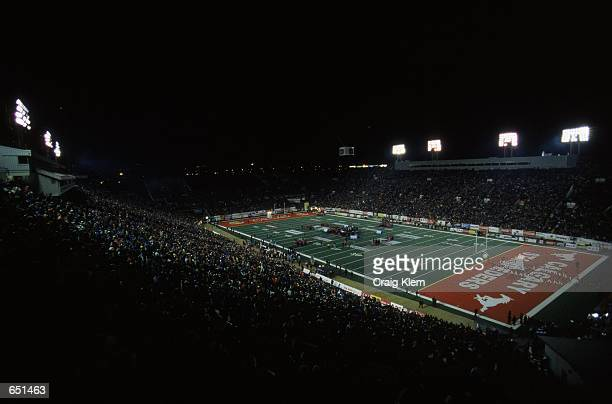 A general view of the McMahon Stadium in Calgary Alberta Canada during the Grey Cup 2000 game between the British Columbia Lions and the Montreal...