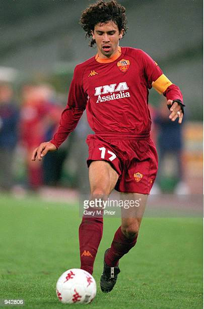 Damiano Tommasi of Roma moves forward with the ball during the UEFA Cup second round second leg match against Boavista played at the Stadio Olympico...
