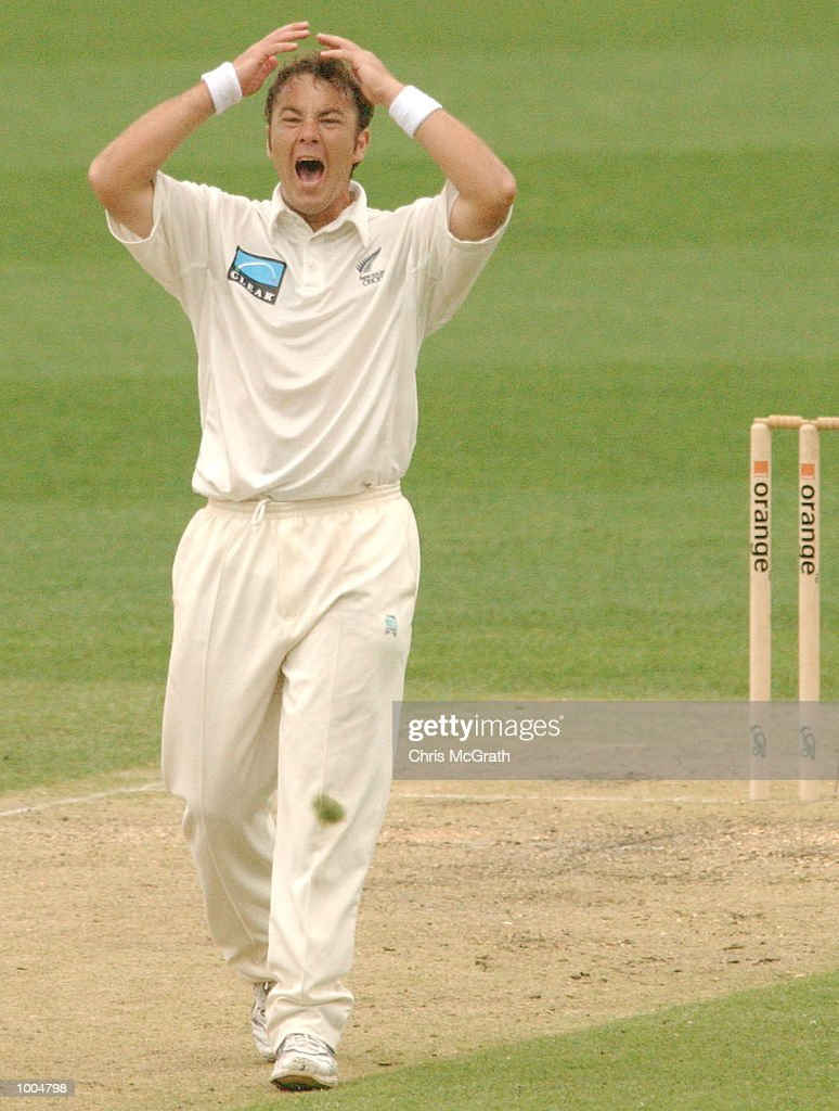 Craig McMillan of New Zealand shows his frustration during day two of the first cricket test between Australia and New Zealand held at the Gabba, Brisbane, Australia, DIGITAL IMAGE Mandatory Credit: Chris McGrath/ALLSPORT