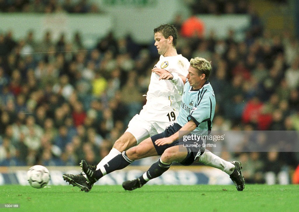 Eirik Bakke of Leeds holds off Stefan Freund of Spurs duing the match between Leeds United and Tottenham Hotspur in the FA Barclaycard Premiership at Elland Road, Leeds. Mandatory Credit: Laurence Griffiths/ALLSPORT