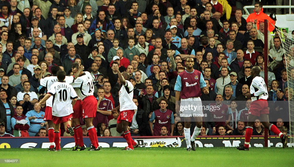 Fulham celebrate scoring the first goal during the FA Barclaycard Premiership match between West Ham United and Fulham at Upton Park, London. Mandatory Credit: Shaun Botterill/ALLSPORT