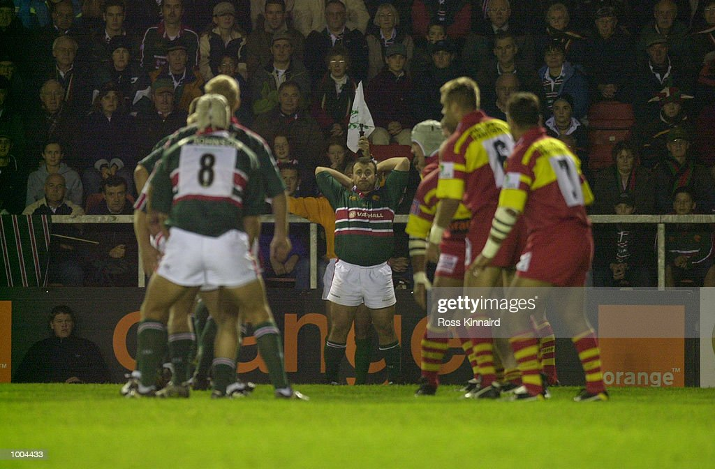 George Chuter of Leicester Tigers in action during the Leicester Tigers v Perpignan Heineken Cup match at Welford Road, Leicester. DIGITAL IMAGE. Mandatory Credit: Ross Kinnaird/ALLSPORT