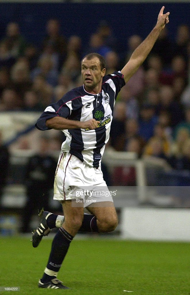 Goalscorer Uwe Rosler of West Brom in action during the Nationwide League Division One match between West Bromwich Albion and Nottingham Forest at The Hawthorns, West Bromwich. DIGITAL IMAGE Mandatory Credit: Stu Forster/ALLSPORT