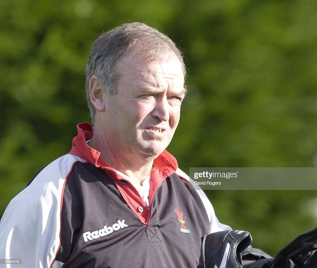 Graham Henry the Welsh coach watches Wales Rugby Union training, at Sophia Gardens, Cardiff. DIGITAL IMAGE Mandatory Credit: Dave Rogers/ALLSPORT