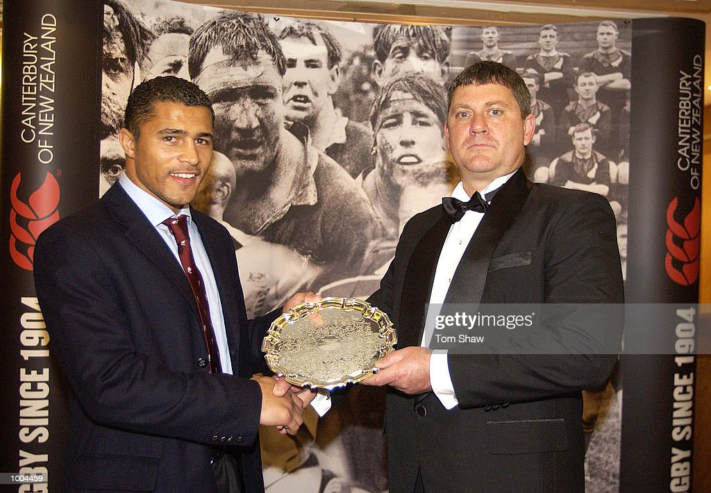 Jason Robinson of England is presented with the Canterbury International Newcomer of the Year Award at the IRPA Investec Awards Dinner at the Royal Lancaster Hotel, London. DIGITAL IMAGE. Mandatory Credit: Tom Shaw/ALLSPORT