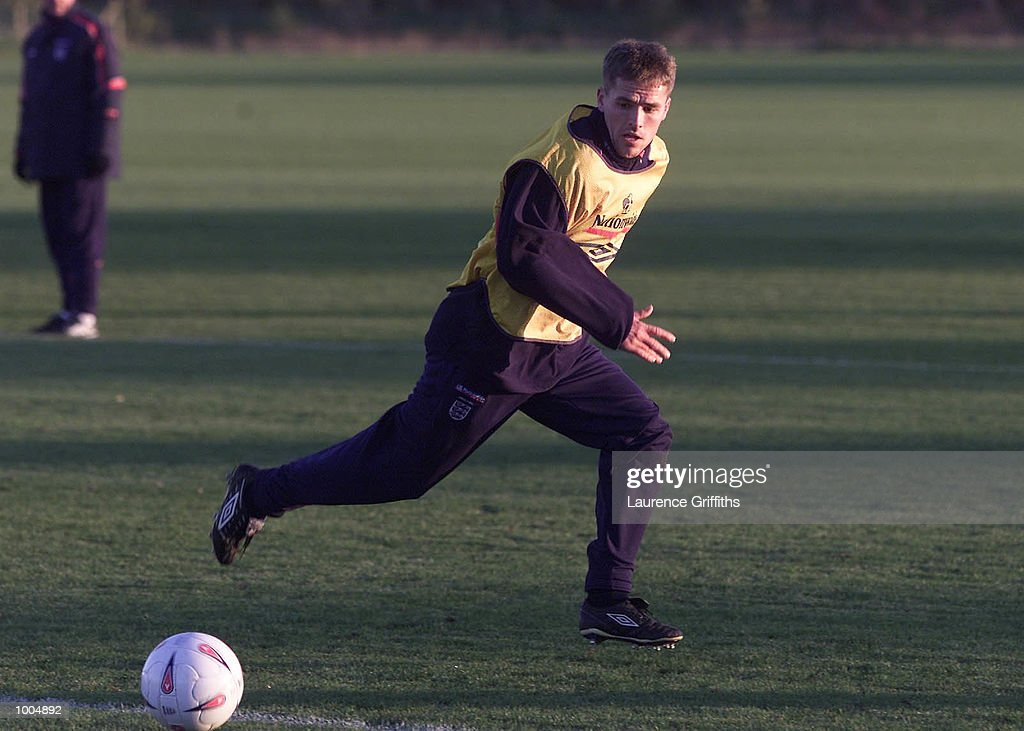 Michael Owen of England during training ahead of their freindly against Sweden on Saturday at Old Trafford in Manchester. DIGITAL IMAGE. Mandatory Credit: Laurence Griffiths/ALLSPORT
