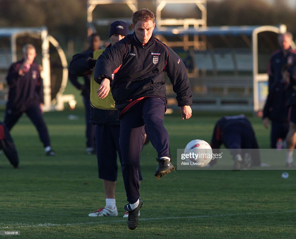Nicky Butt during today's England training session at the Carrington Training ground in Carrrington, Manchester. DIGITAL IMAGE. Mandatory Credit: Alex Livesey/ALLSPORT