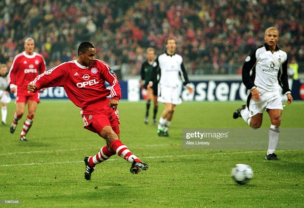 Paulo Sergio of Bayern Munich scores a goal during the UEFA Champions League Group A match between Bayern Munich and Manchester United at the Olympic...
