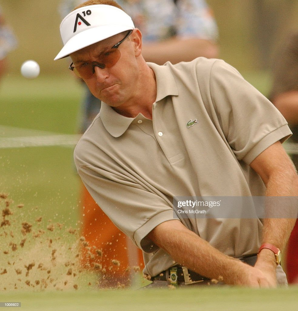 Robert Allenby of Australia chips in action during the second round of the Australian PGA Championships being played at Royal Queensland Golf Club, Brisbane, Australia. DIGITAL IMAGE Mandatory Credit: Chris McGrath/ALLSPORT