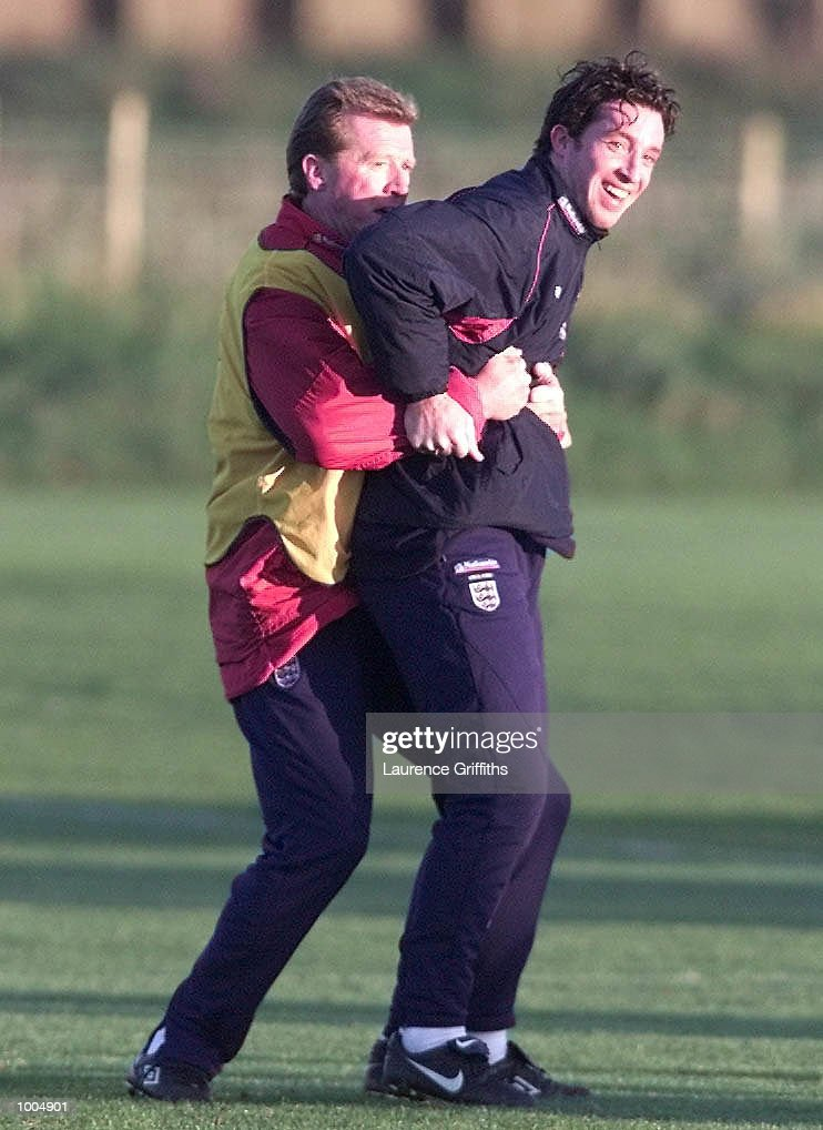 Steve mcLaren and Robbie Fowlerof England during training ahead of their freindly against Sweden on Saturday at Old Trafford in Manchester. DIGITAL IMAGE. Mandatory Credit: Laurence Griffiths/ALLSPORT