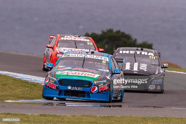 Chaz Mostert of the Pepsi Max Crew Andre Heimgartner of Super Black Racing and James Courtney of the Holden Racing Team during qualifying for the V8...