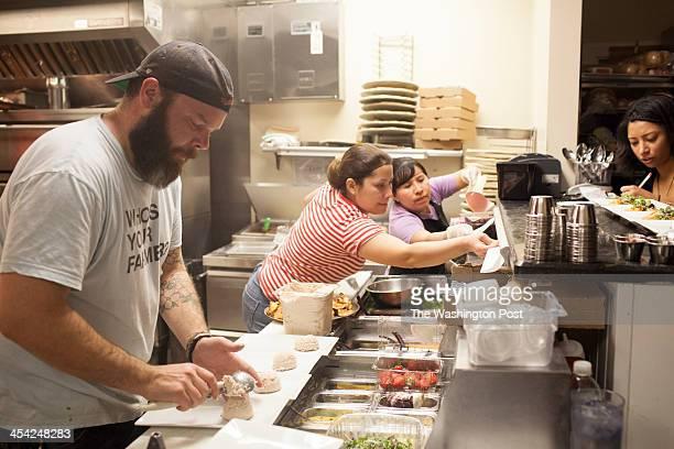 ALEXANDRIA VA Nov 26 Del Ray Pizzeria chef Eric Reid left at work in the kitchen his restaurant held a threecourse dinner to raise money for the...