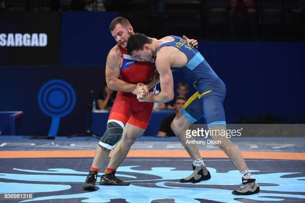 Novak P of Czech republic and A Bjurberg Kes of Sweden during the Men's 80 Kg GrecoRoman competition during the Paris 2017 World Championships at...