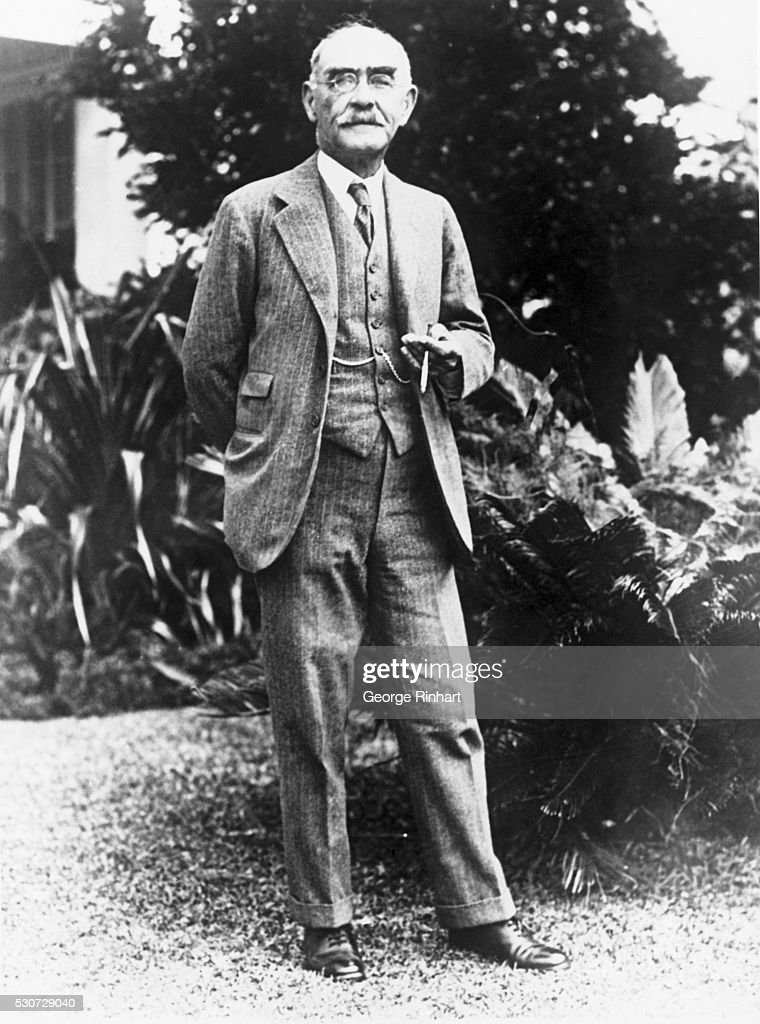 Novelist and poet <a gi-track='captionPersonalityLinkClicked' href=/galleries/search?phrase=Rudyard+Kipling&family=editorial&specificpeople=208789 ng-click='$event.stopPropagation()'>Rudyard Kipling</a> holds a cigar on his sixty-sixth birthday.