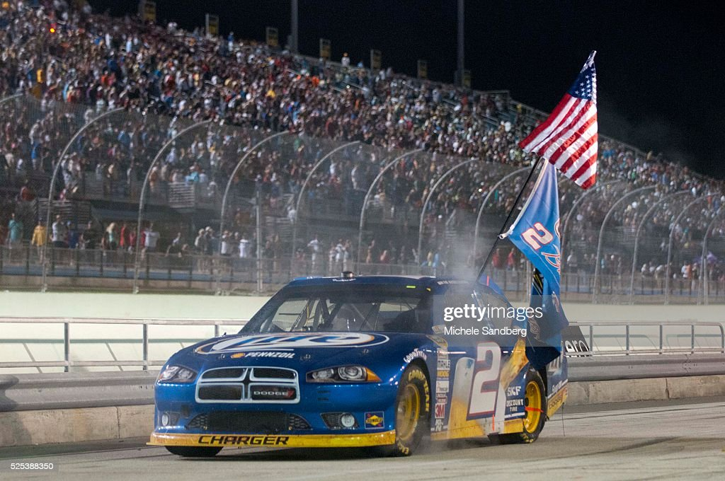 Brad keselowski getty images for Victory motors fort dodge